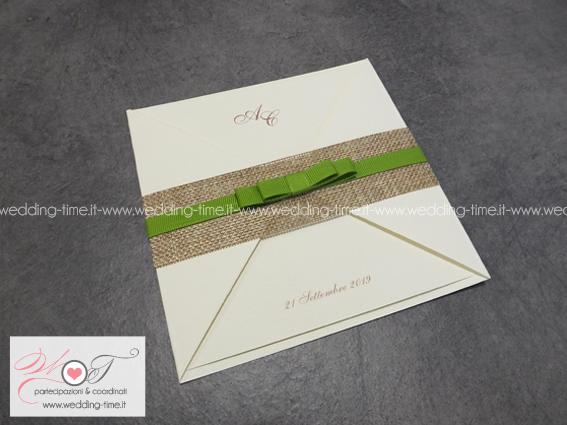 partecipazione matrimonio rustica con yuta e nastro verde salvia